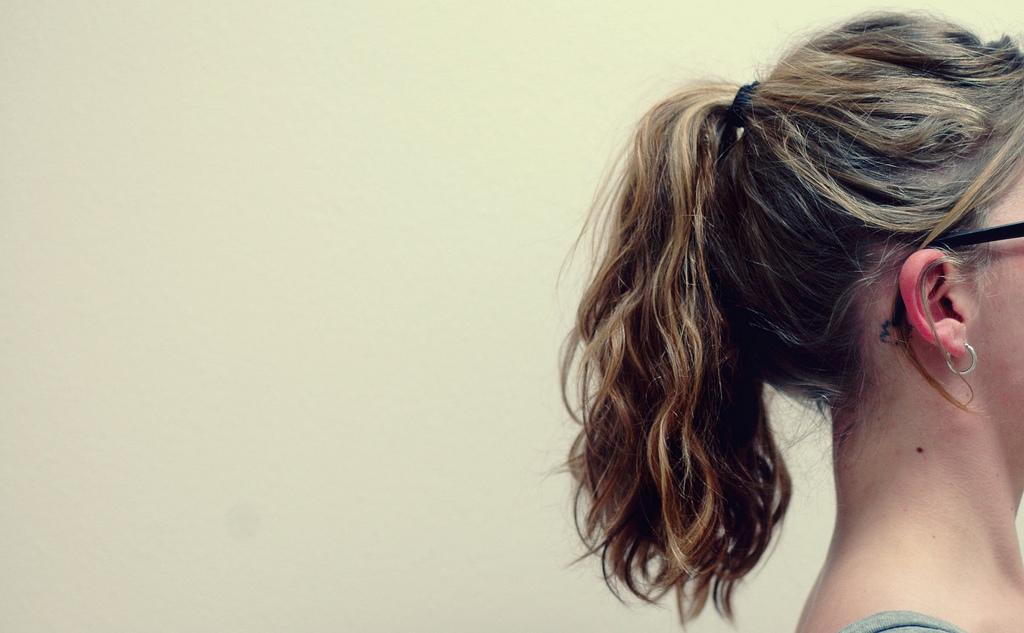 Шикарная густота: как остановить выпадение волос осенью